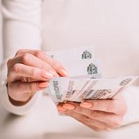 В сентябре безработным гражданам выдадут пособие на каждого ребенка в размере 3 тыс. руб.
