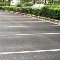 Предлагается ввести мораторий на расширение зоны платной парковки в Москве