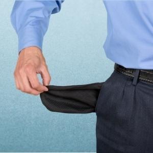 Обязан ли работодатель оплачивать расходы работника на переподготовку, если тот прошел ее самостоятельно?