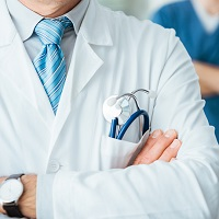 В медицинской, образовательной и иных сферах действие лицензий будет продлено автоматически еще на один год