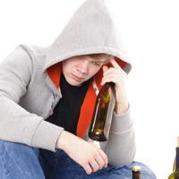 Законопроект о нижних пределах штрафа за неоднократную продажу алкоголя подросткам принят в первом чтении