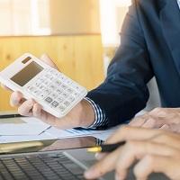 Налоговая инспекция не выдаст налогоплательщику справку об отсутствии долга в день его оплаты