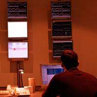 В соответствии с новым стандартом информационной безопасности банки будут следить за перепиской сотрудников