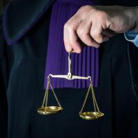 Отказ в возбуждении дела об административном правонарушении может быть оспорен как по форме, так и по содержанию