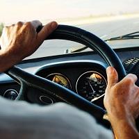 Экзамен на получение водительских прав предлагают ужесточить
