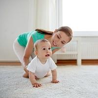 Ежемесячные выплаты в связи с рождением или усыновлением первого и второго ребенка планируется освободить от НДФЛ
