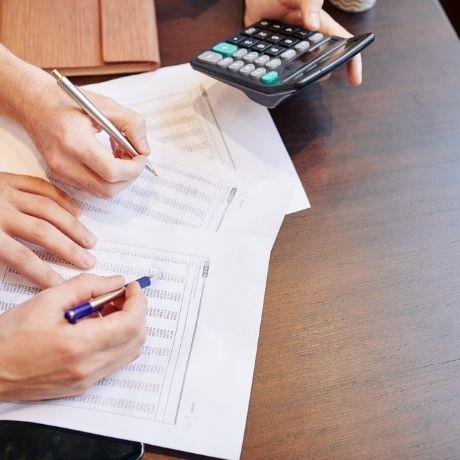 Минфин России разъяснил особенности определения налоговой базы при уступке права требования долга до наступления срока уплаты платежей
