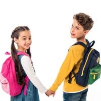 Установлено право приема в детские сады и школы детей из одной семьи