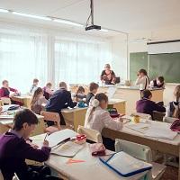 Член ОП РФ считает, что отбор охранных организаций в школы по конкурсу не обеспечивает безопасность школьников и учителей