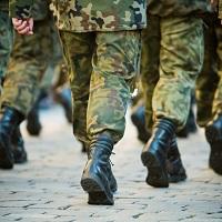 Уволившимся с военной службы отдельным ветеранам боевых действий предлагают дать право на досрочную страховую пенсию по старости