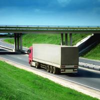 Предлагается возмещать вред, причиненный автомобилями грузоподъемностью свыше 12 т дорогам регионального и местного значения