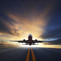 ВС РФ: при авиаперелетах пассажиры вправе провозить личные вещи и сверх норм ручной клади