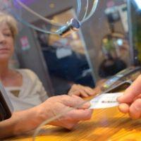Разъяснен порядок возврата денег за купленные у посредников театральные билеты