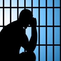 Процессуальные издержки будут взыскивать с отдельных лиц, уголовное преследование в отношении которых прекращено