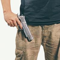 Отдельным категориям граждан могут упростить порядок продления лицензии на гражданское оружие