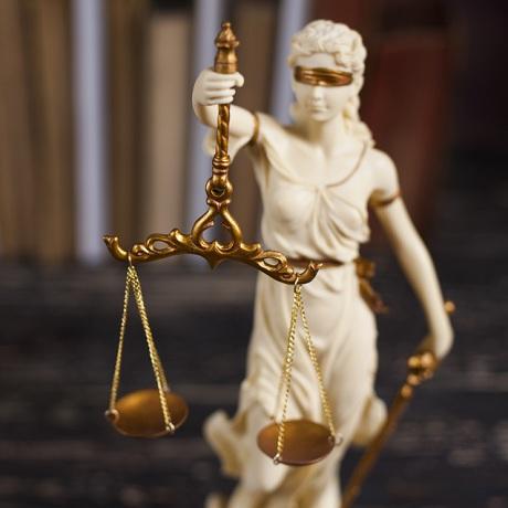 третейские суды рассматривают споры возникающие из