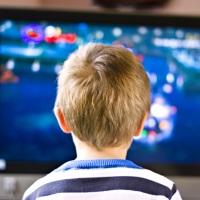 Перечень товаров, запрещенных к рекламированию в детских передачах, могут расширить