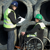 Работодателей предлагают стимулировать за прием на работу инвалидов