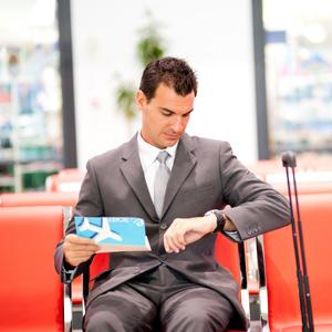 Обязательно ли оплачивать проезд в командировке или можно только проживание
