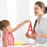 Сколько должны работать учителя-логопеды?