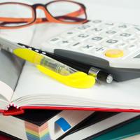 Если экзамен и учебники оплатил работодатель, НДФЛ удерживать не придется