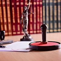 В Основах законодательства о нотариате уточнен состав услуг правового и технического характера
