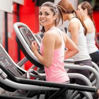 Предлагается возмещать работникам расходы за систематические занятия в физкультурно-спортивных организациях