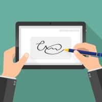 В июне может начаться эксперимент по применению неквалифицированной электронной подписи физлиц при совершении ряда действий через портал госуслуг