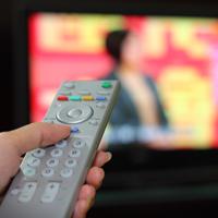 Запрет на размещение рекламы на платных телеканалах могут смягчить