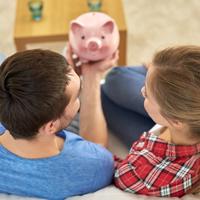 Теперь любой из супругов может получить социальный налоговый вычет вне зависимости от того, на кого оформлены платежные документы