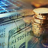 Заемщиков могут начать информировать о повышенных рисках при получении валютных кредитов