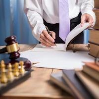 Уточнен порядок вступления адвокатов в уголовное дело
