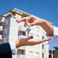 Минфин России разъяснил порядок уплаты НДФЛ при продаже квартиры, находившейся в собственности налогоплательщика менее минимального предельного срока владения