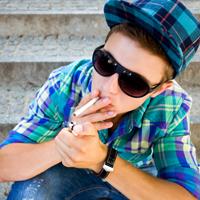За курение табака несовершеннолетними могут установить ответственность