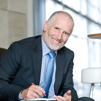 Правительственная комиссия одобрила законопроект о повышении пенсионного возраста для чиновников