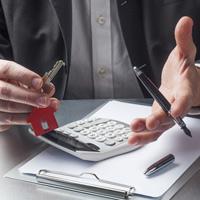 За неправильно рассчитанный размер платы за содержание и ремонт жилья могут ввести штрафы в пользу потребителей