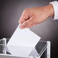 В Госдуму внесен законопроект о предоставлении одному и тому же лицу права занимать должность Президента РФ три срока подряд