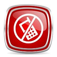 С 17 марта военнослужащим запретят пользоваться смартфонами на службе