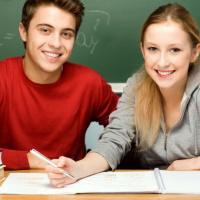 Учащимся 9-х классов отменят ОГЭ по русскому языку и математике