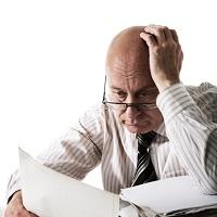 Банк обязан принудительно списать деньги в счет уплаты налогов, даже если счет заморожен по требованию налоговой