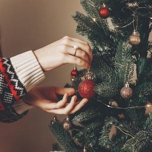 """Украшение новогоднего дерева, или """"Дай мне, пожалуйста, макушечку!"""""""