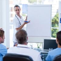Мораторий на получение свидетельств об аккредитации специалистов в здравоохранении могут вновь ввести до 1 июня 2021 года