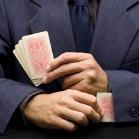 Профессиональных участников рынка ценных бумаг предлагается лишать лицензии за незаконную организацию азартных игр