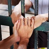 Эксперты: аресты за организацию преступного сообщества или участие в нем оказывают давление на бизнес