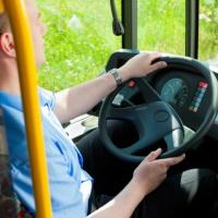 Водитель прошел медосмотр за свой счет: грозит ли штраф работодателю?