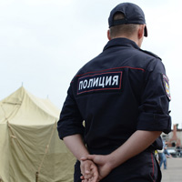 Сотрудникам органов внутренних дел РФ, имеющим доступ к гостайне, могут временно ограничить право на выезд из России