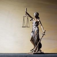 Концепция регулирования рынка юрпомощи: ограниченная адвокатская монополия, основанная на доверии