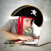 """С 1 мая 2015 года вступят в силу поправки в """"антипиратский закон"""""""