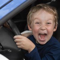 За оставление ребенка в автомобиле могут установить административную ответственность
