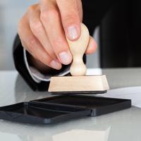 Подписан закон об отмене обязательности печати хозяйственных обществ